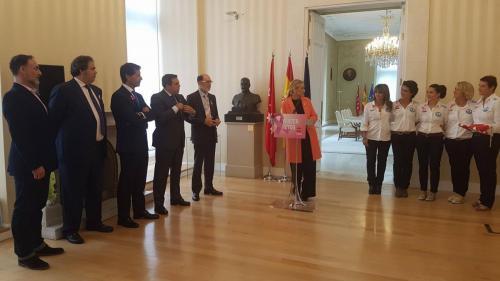 RetoPelayoVida y Vencer el Cáncer con Cristina Cifuentes