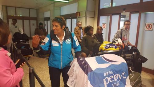 #Llegada de las chicas del #RetoPelayoVida al #aeropuerto